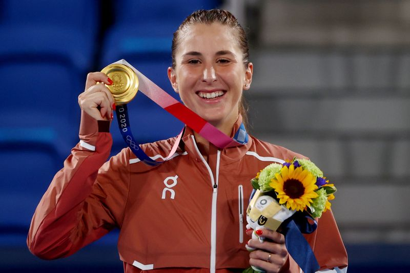五輪=テニス女子シングルス、スイスのベンチッチが金メダル