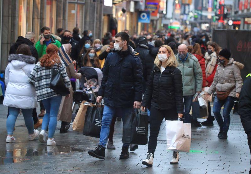 German retail sales jump, consumers shop less online