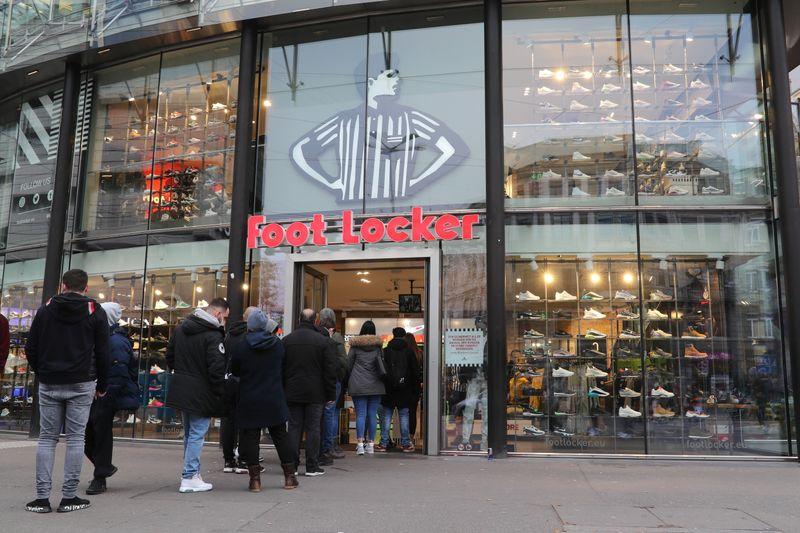 Foot Locker to buy two retailers for $1.1 billion - WSJ