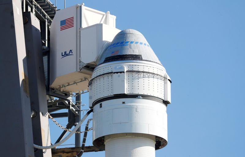 Boeing postpones key test flight to space due to glitch