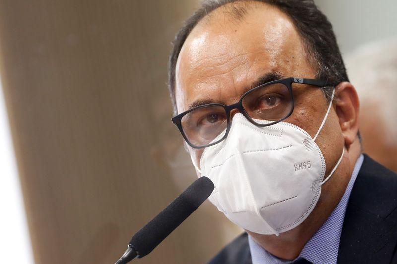 CPI estranha fácil acesso de reverendo ao Ministério da Saúde em negociação de vacinas