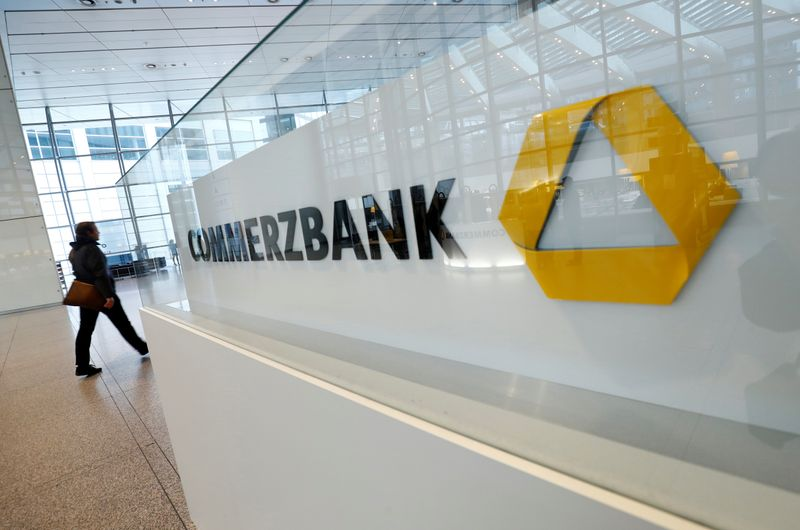 Commerzbank, trim2 in perdita tra ristrutturazioni e svalutazioni