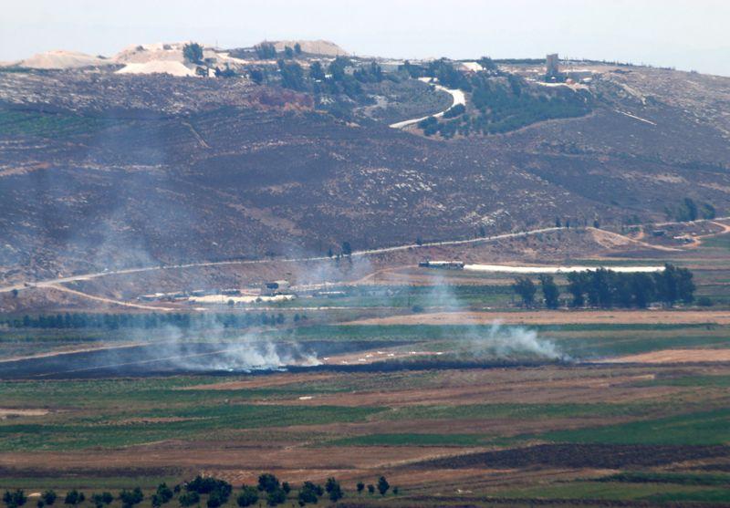 Deux roquettes tirées du Liban s'abattent en Israël, qui réplique