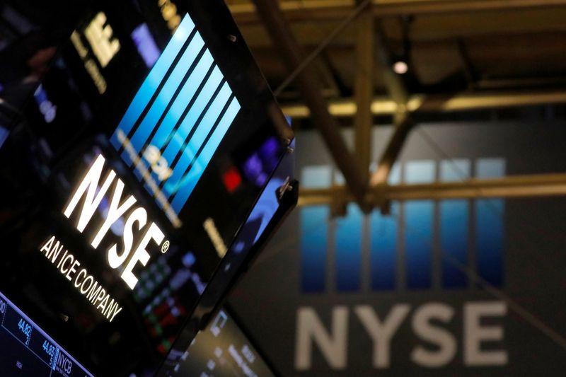 米国株式市場=ダウ・S&P下落、ADP雇用報告が予想大幅に下回る