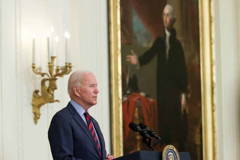 Biden seeks to make half of new U.S. auto fleet electric by 2030