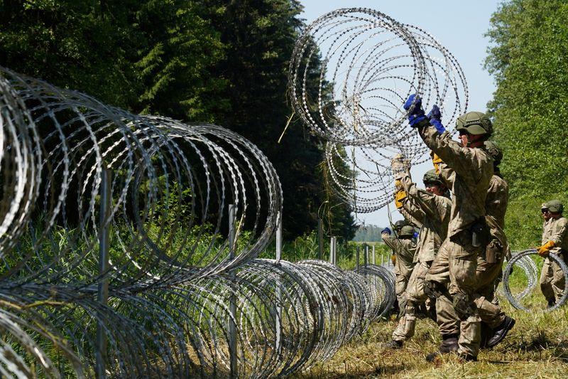 Varsovie accuse Minsk d'envoyer un nombre croissant de migrants à sa frontière