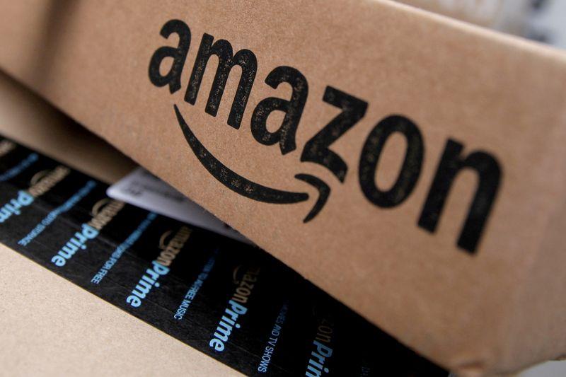 米アマゾン、在宅勤務を来年1月まで延長 コロナ感染拡大で
