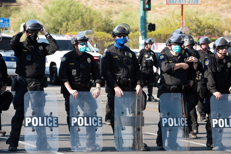 U.S. probes Phoenix police use of force, treatment of protesters
