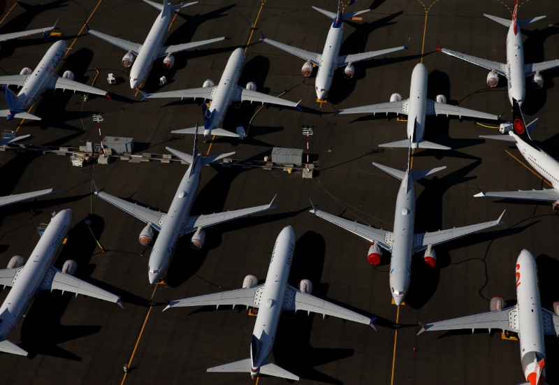 Boeing delivers 28 airplanes in July; 787s still halted