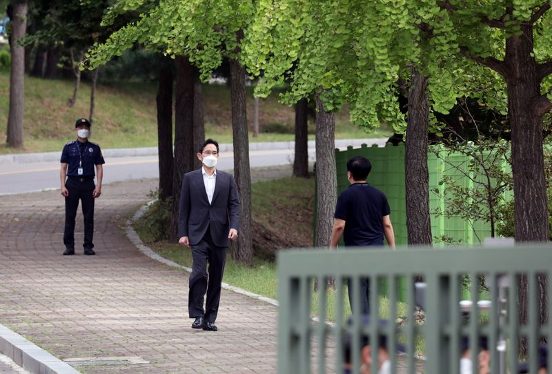 Samsung leader Jay Y. Lee's legal troubles By Reuters