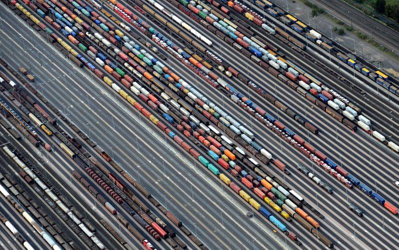 Superávit comercial da zona do euro sobe em junho sobre maio, diz Eurostat