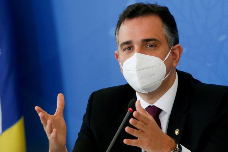 Pacheco pede a Fux nova reunião entre Poderes; presidente do STF diz que avaliará