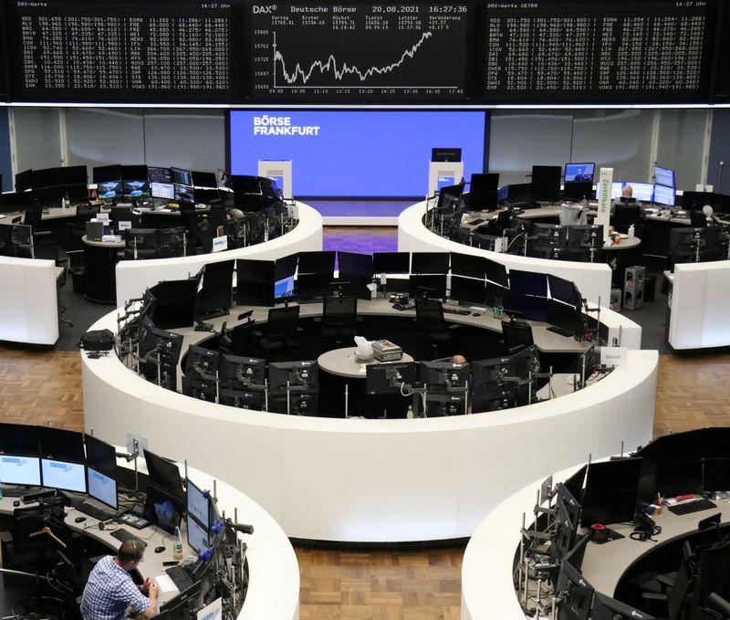 Las bolsas europeas suben tras una semana difícil