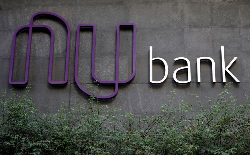 Nubank busca avaliação acima de US$55 bi em IPO, dizem fontes