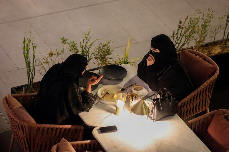 Arabian nights buzz: staycations boost Saudi economy