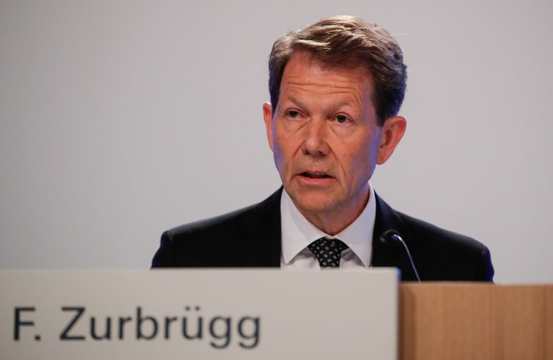 Global interest rates set to stay low - SNB's Zurbruegg
