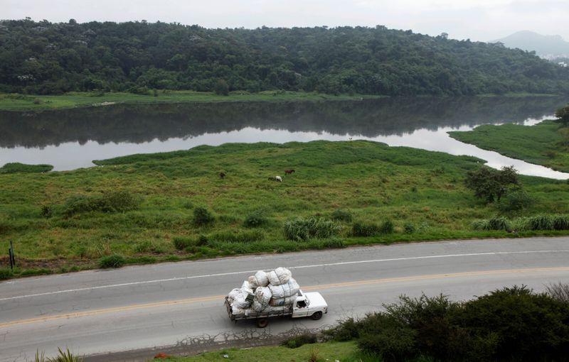 Na seca, Hidrovias do Brasil diz que buscará evitar parada plena no Corredor Sul