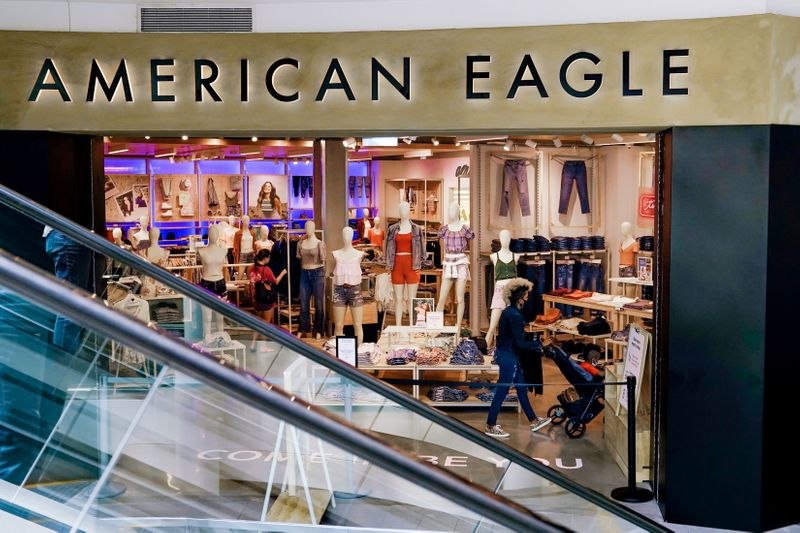 American Eagle online sales fall as in-store shopping spree rebounds