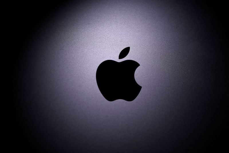 Explainer-Apple gives 'reader' apps a way around commissions. Who wins?