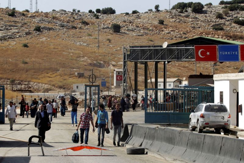 Amnesty International says Syrian refugees tortured on return