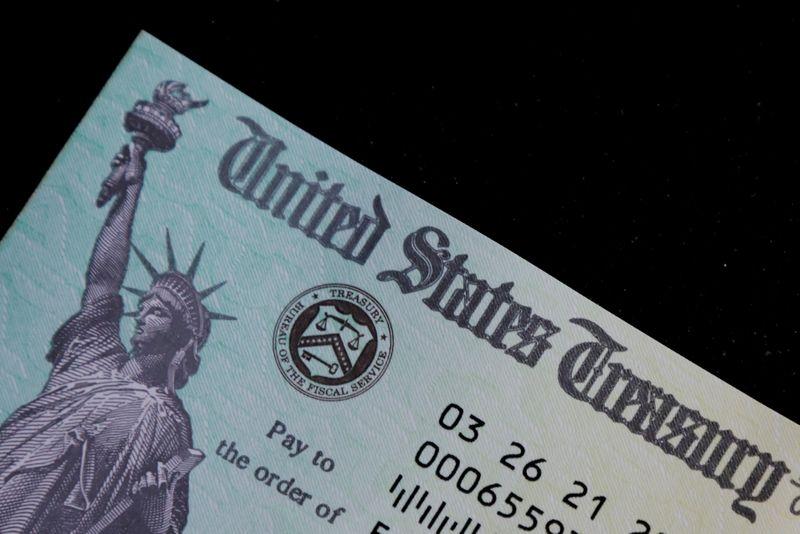 U.S. Congress stuck between a rock and a hard place on raising debt limit