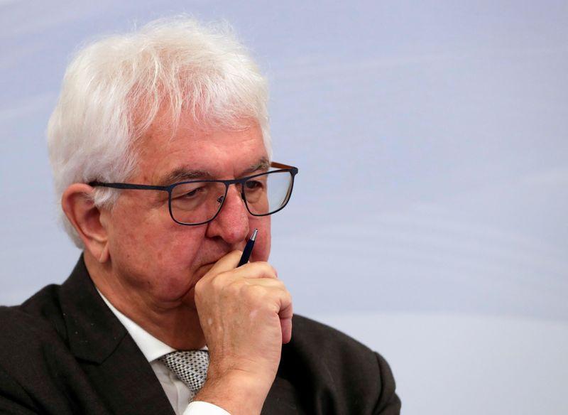 Инфляция может привести к более скорому ужесточению политики ЕЦБ -- член руководства