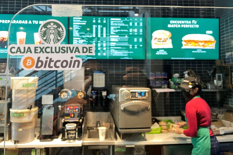 El Salvador president steps in to fix bitcoin rollout snags