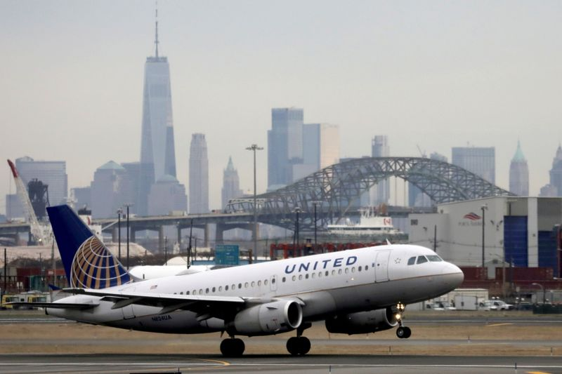 United Airlines warns Delta variant to hit revenue, capacity