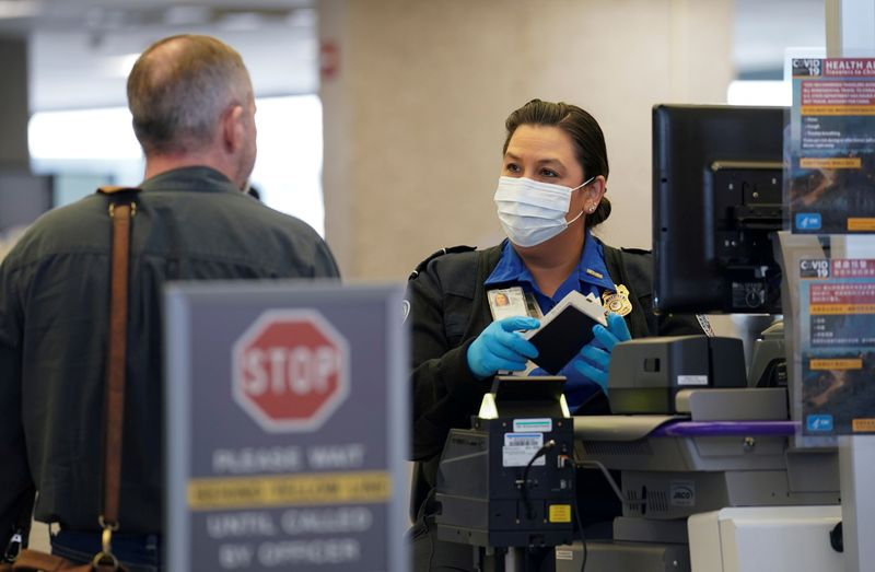 U.S. doubling fines for travelers not wearing masks
