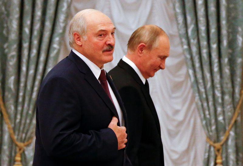 РФ даст Белоруссии до $640 млн в виде кредитов до конца 2022 года