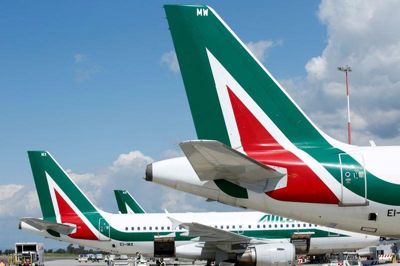 Ue, via libera a Ita, Alitalia deve restituire 900 million aiuti Stato illegali