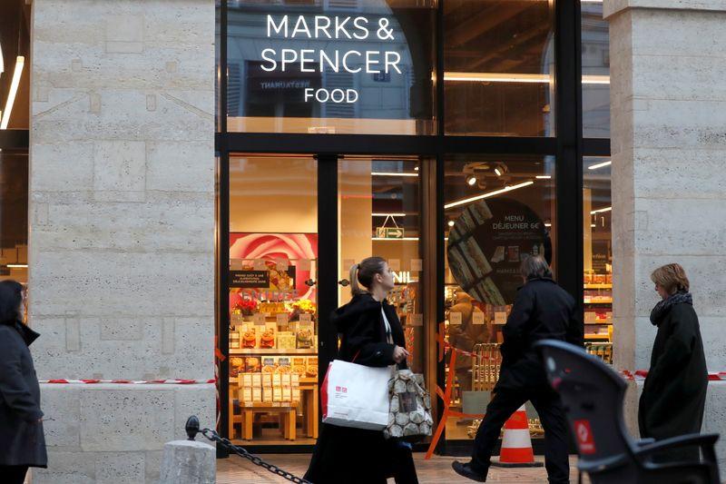 Marks & Spencer envisage des restructurations en France