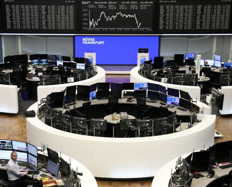 European stocks snap 4-day losing streak as oil, banks rise