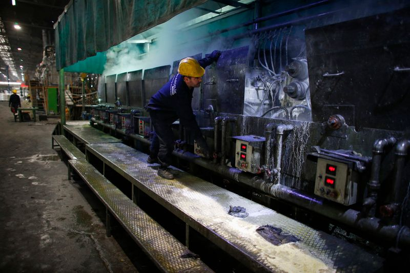 Turkish factory output and current account disappoint