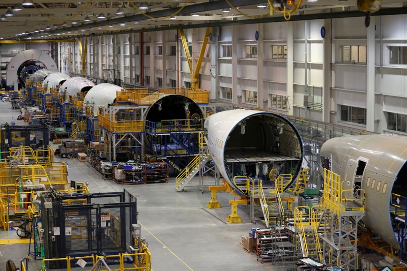 U.S. awarding $482.3 million in aviation manufacturing assistance