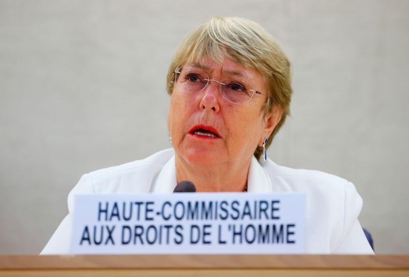 Comissária da ONU pede para Brasil reverter políticas que prejudicam os índios