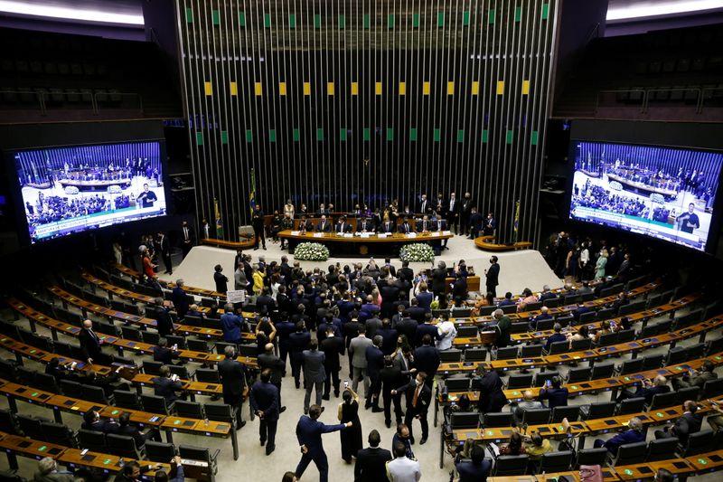 PEC da reforma administrativa deve abordar Judiciário com aprovação de emenda, diz relator