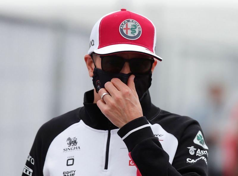 Raikkonen dice que volverá para el GP de Rusia tras dar positivo de COVID-19