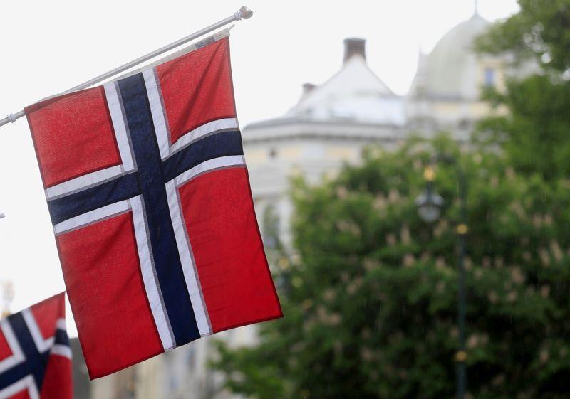 Norway business activity rises, bottlenecks emerge