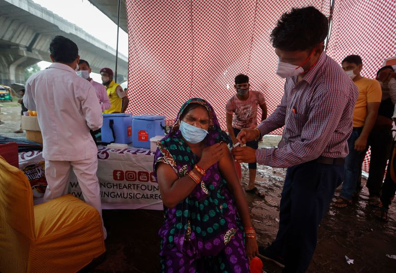 Indian study finds big drop in COVID antibodies within four months of vaccination