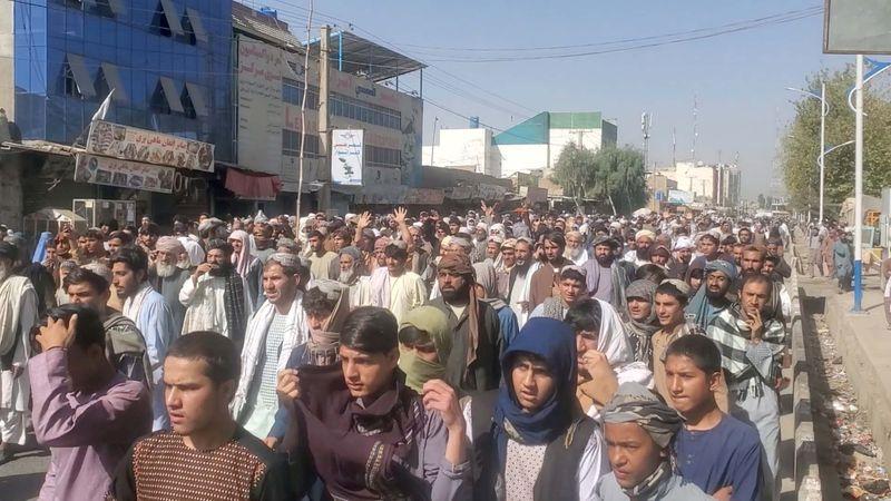 Afghanistan: Manifestations à Kandahar contre des expulsions ordonnées par les taliban