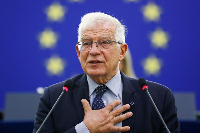 La UE dice que no tiene más opción que hablar con los talibanes