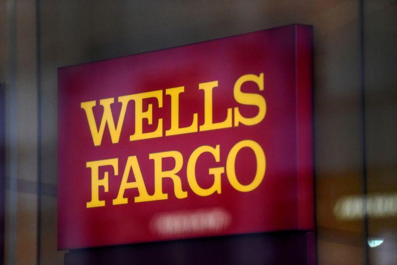 Warren says Fed must break up 'repeat offender' Wells Fargo
