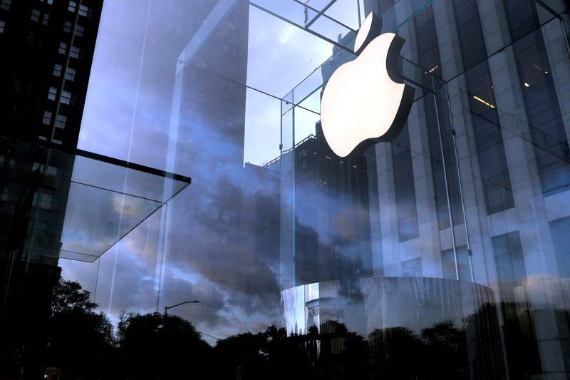 Apple представит новые модели iPhone в рамках продвижения 5G
