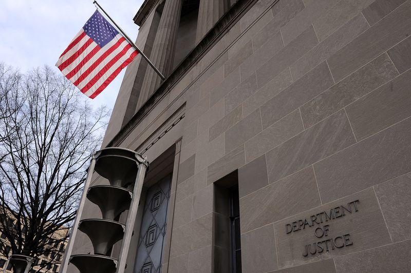 Ex-U.S. intel operatives admit hacking American networks for UAE