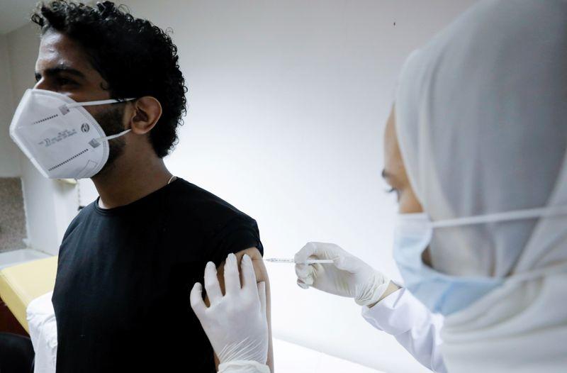 مصر تسجل 503 إصابات جديدة بفيروس كورونا و10 حالات وفاة