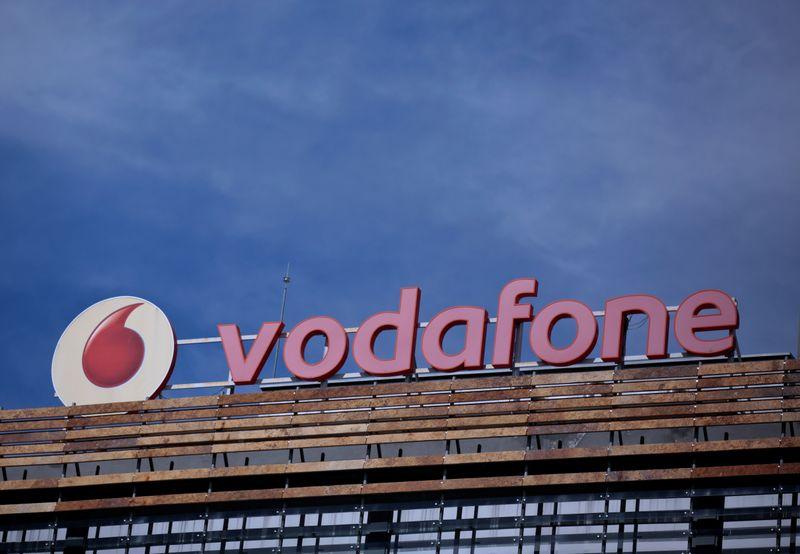 Vodafone España quiere recortar hasta 515 puestos ante la intensa competencia