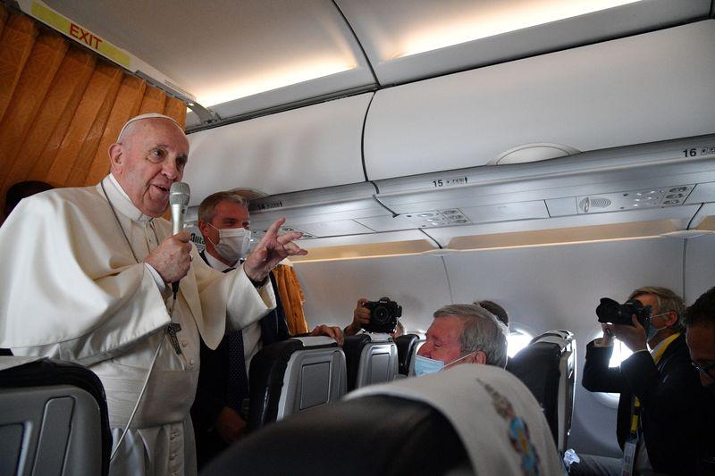 Papa faz apelo por inoculações contra Covid e diz que vacinas são amigas da humanidade