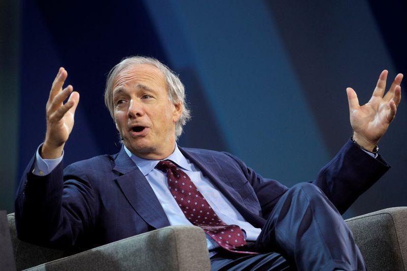 Billionaire hedge fund managers Cohen, Dalio tout cryptocurrencies