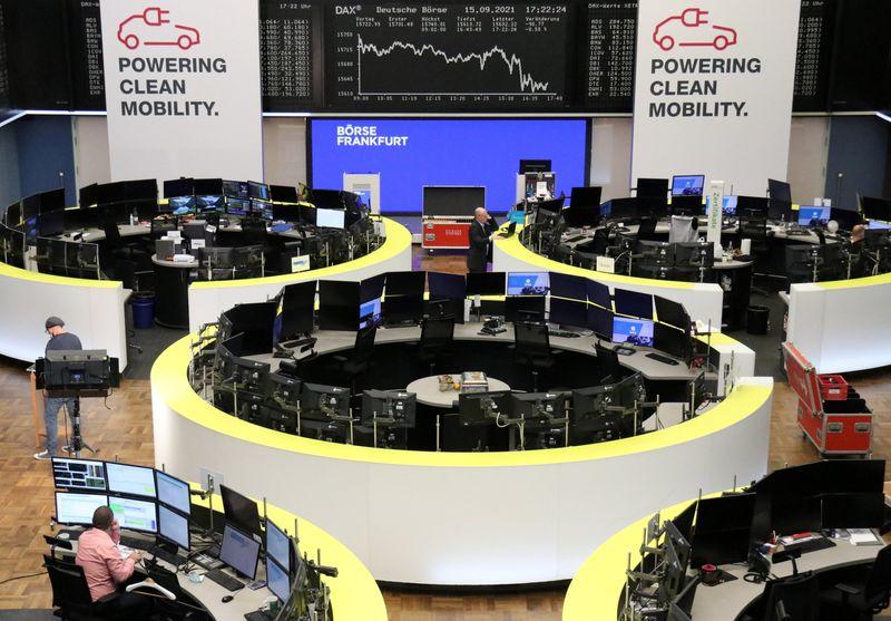 European stocks rise as travel shares jump on Ryanair forecast